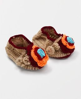 Mayra Knits Flower Booties - Brown