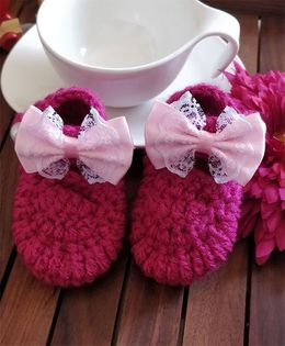 The Original Knit Frilly Lace Bow Booties - Magenta