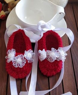 The Original Knit Ribbon & Net Flower Booties - Red