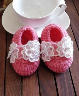 The Original Knit Lace Applique Booties - Carrot Pink