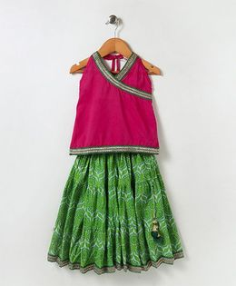 Kidcetra Halter Neck Choli With Print Lehenga - Green & Pink