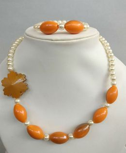Tiny Closet Pearl Necklace & Bracelet Set - Orange