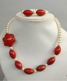 Tiny Closet Pearl Necklace & Bracelet Set - Red