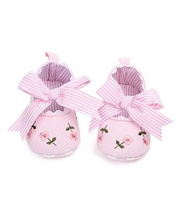 Dazzling Dolls Embroidered Booties With Striped Bow - Pink