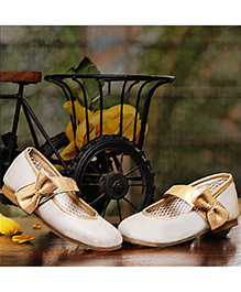 D'chica Shoes Chic Mary janes - White & Gold