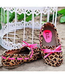 D'chica Leopard Printed Moccasin Shoes - Pink