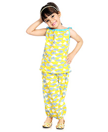 Little Pockets Store Clouds Spagetti Top & Bottom Set - Yellow