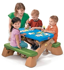 Step2 Play Up Fun Fold Picnic Table