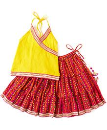 Kidcetra Halter Neck Choli & Lehenga - Magenta & Yellow