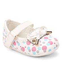 Cute Walk by Babyhug Bellies Bow Design - White