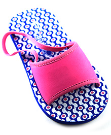 Pugs Flapper Sandal For Your Little Shoeaholic With Patterns Print - Baby Blue
