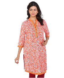 MomToBe Three Fourth Sleeves Maternity Kurti Allover Print - Orange