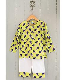 Frangipani Kids Piano Print Full Sleeves Nightwear Set - Green & White