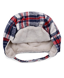 Babyhug Check Winter Cap With Velcro Closure - White Red Blue