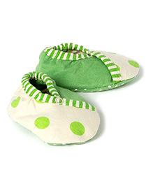 Pranava Organic Cotton Over Lap Booties  -  Green