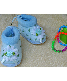 Little Bunnies Flower Design Infant Booties - Blue