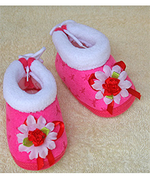 Little Bunnies Flower Design Infant Booties - Fuchsia