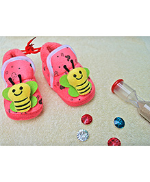 Little Bunnies Butterfly Design Infant Booties - Fuchsia