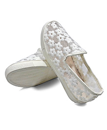 One Friday Thread Work Party Wear Shoes - White