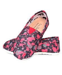 One Friday Casual Bug Print Shoes - Pink