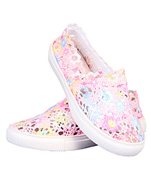 One Friday Printed Lacy Shoes - Multicolor