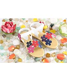LCL Sandals Flower Motifs - White