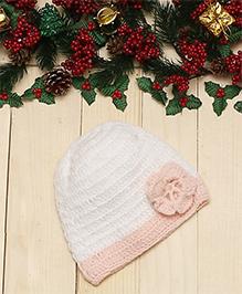D'Chica Adorable Flower Motif Woollen Cap For Girls - White & Peach