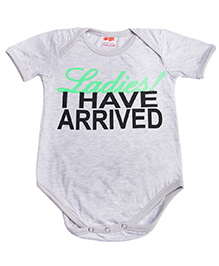 Hugsntugs Half Seeves I Have Arrived Print Onesie - Grey
