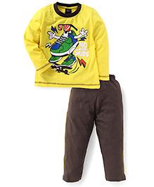 Taeko Full Sleeves T-Shirt And Pant Skates Print - Yellow And Brown
