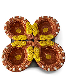 Sugarcart Diyas Studded With Pearls Set Of 4 Pcs - Copper & Golden