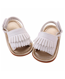 Akinos Kids Trendy Sandals - White