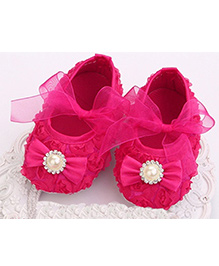 Akinos Kids Booties With Bow Applique - Fuchsia