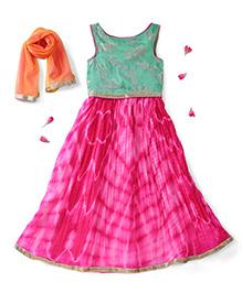 Kids Chakra Sleeveless Choli And Lehenga With Dupatta Leaves Design - Pink Green