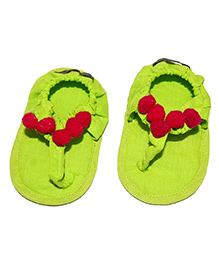 SnugOns Baby SlipOns With Gotta Design - Light Green