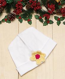 D'chica Cotton Cap Floral Applique - White