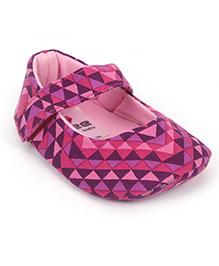 Ivee Baby Anti Skid Soft Sole Booties - Pink