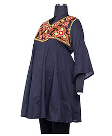 Kriti Three Fourth Sleeves Maternity Nursing Kurti - Navy