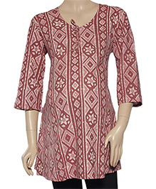 Uzazi Three Fourth Sleeves Scoop Neck Maternity Kurta - Brick Red