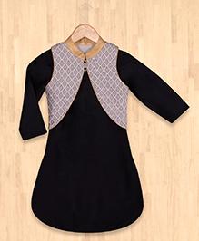 Silverthread Short Kurta With Jacket - Black