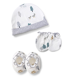 Ben Benny Cap Mittens And Booties Set Tree Print - White And Grey