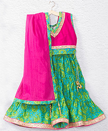 Kidcetra Tie Top Lehenga Choli With A Dupatta - Green & Pink