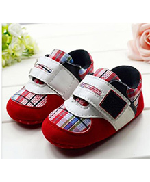 Tickles 4 U Checkered Shoes - Red