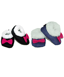 Snugons Set Of Two Fur Booties With Bow Applique - Black & Blue
