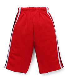 Taeko Three Fourth Pants Bermuda Pants With Side Stripes - Red