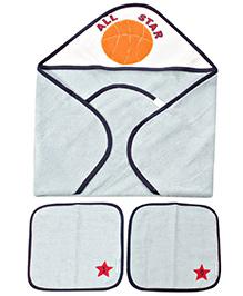 Abracadabra Set Of Hooded Towels