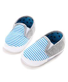 Wow Kiddos Antiskid Stripes Shoes - Blue & White