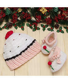D'chica Cupcake Cap & Booties Set - Pink & White