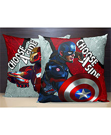 Spaces Reversible Polyester Cushion Cover Civil War Print - Multi Color