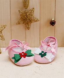 D'chica Chic Mismatched Booties For Baby Girls - Pink
