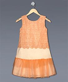 Shilpi Datta Som Flower Cutwork Dress Pleated At The End - Light Peach & Orange